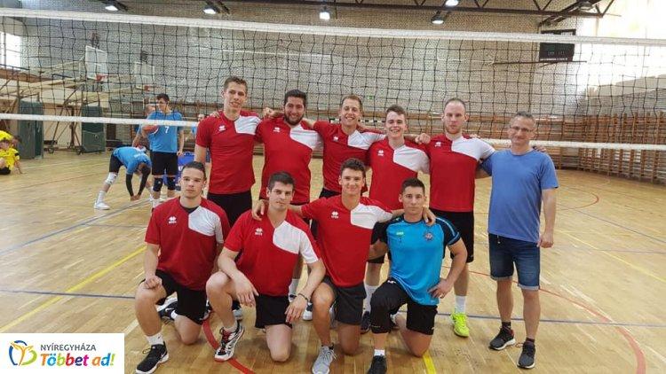 Nyíregyházi siker a Magyar Egyetemi-Főiskolai Országos Bajnokság röplabda döntőjén