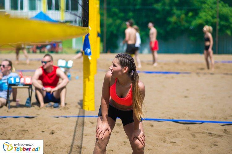 DECA Röpi Kupa - túl az első fordulón a strandröplabda csapatok