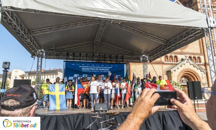 Huszonegy ország mintegy 120 versenyzője a jet-ski Eb-futamon, Nyíregyháza-Leveleken