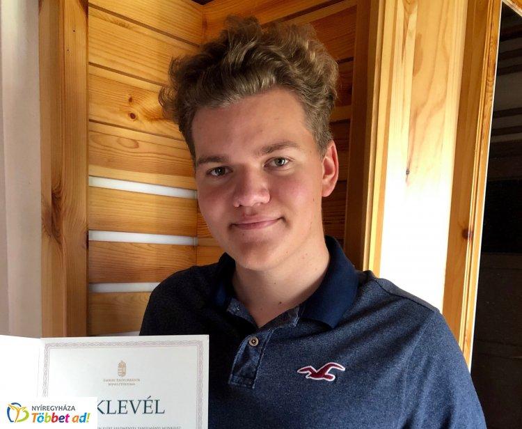Jó tanuló - Jó sportoló, negyedszer kapta meg az elismerést Závaczki Bálint golfozó