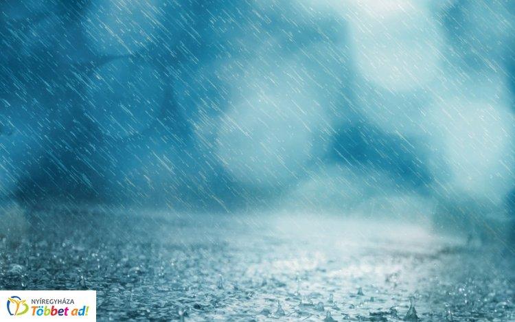 Zivatarokra és felhőszakadásra figyelmeztetnek országosan, Nyíregyházán is vihar várható!