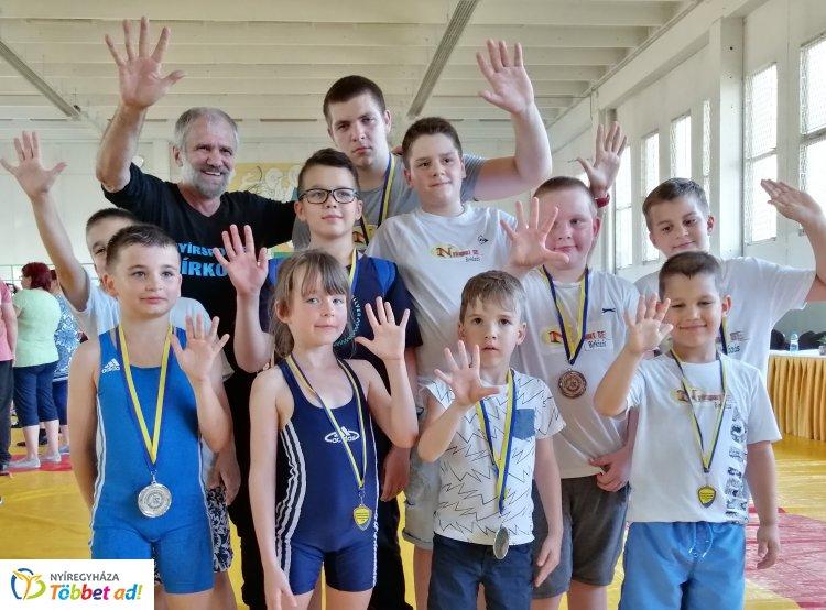10 versenyző, 8 érem - jól zárta a tavaszi idényt a Nyírsport SE