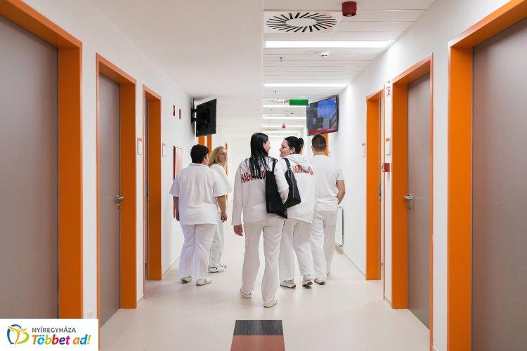Semmelweis-nap – Ügyeleti rend szerint dolgoznak a gyógyító osztályokon július elsején