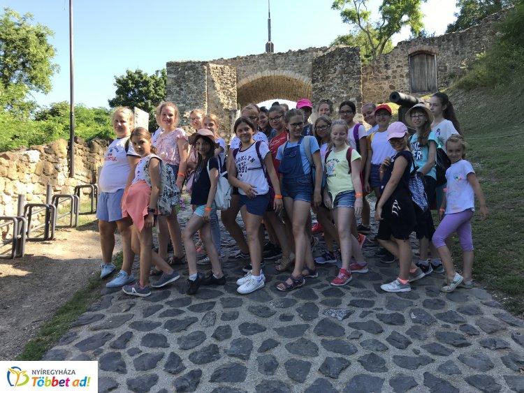 Szigligeten jártak a Szent Imre diákjai – Felejthetetlen tábori élményekkel tértek haza