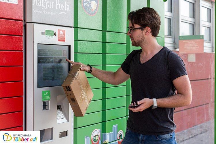 Súlytól függő díjakat vezetett be a posta a csomagautomatáknál – Mától érvényesek!