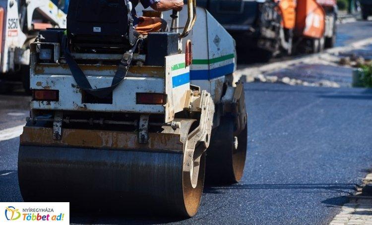 Értünk épül – Tovább újulnak a város útjai, fokozott türelemmel közlekedjünk!