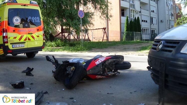 Kórházba szállították a Czuczor Gergely utcán elgázolt motorost