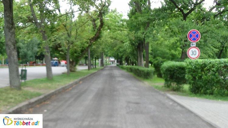 Jó ütemben halad a Blaha Lujza sétány felújítása - Hamarosan elkészülhet