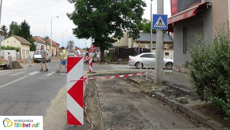 Forgalom korlátozás a Debreceni utca és Szilfa utcai csomópontban