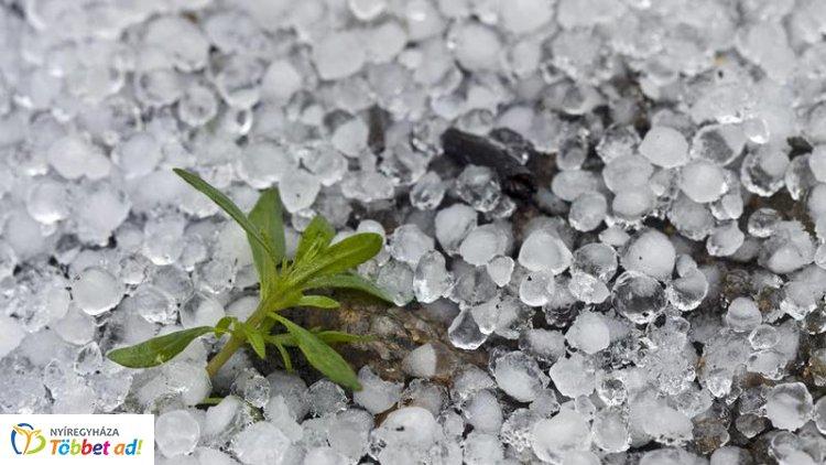 Dolgozik a JÉGER – Egyre gyakoribb a jéggel érkező eső: Nyíregyházán is