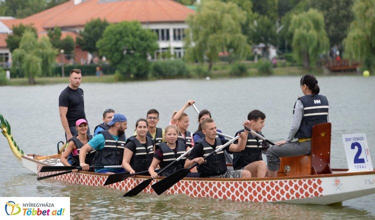 Sárkányhajók lepték el a Sóstói tavat! – 18 csapat versenyzett a győzelemért