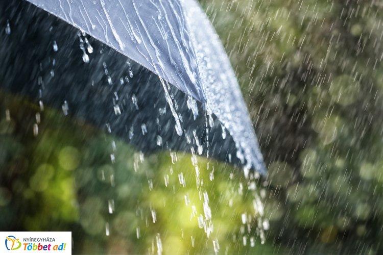 Vasárnap is sokfelé várhatók zivatarok – Esernyővel érdemes útnak indulni!