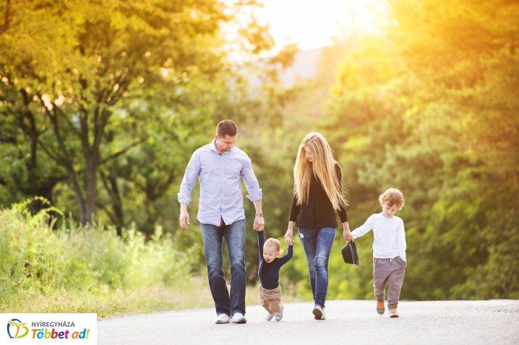 Nyíregyháza: családbarátságból jeles! – Ismét családbarát munkahely lett az önkormányzat
