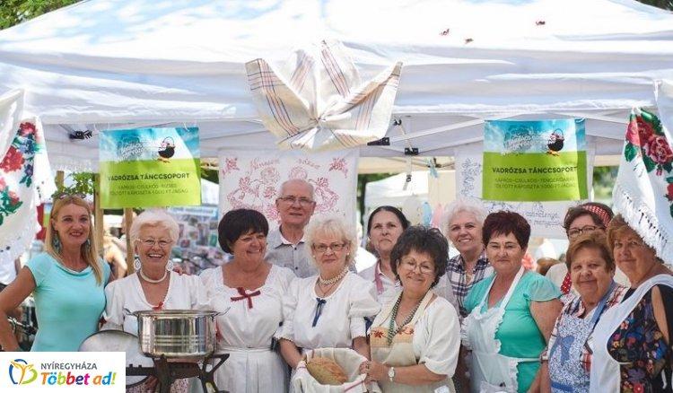 Ízkavalkád! – Idén is rengeteg érdeklődőt vonzott a Barkács-Bogrács Főzőverseny