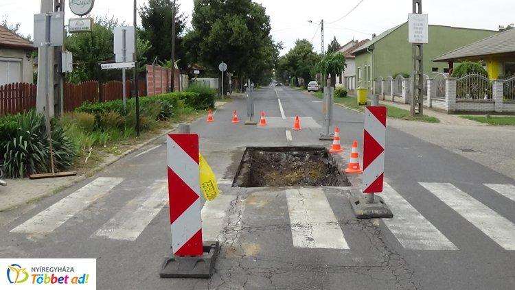 Forgalomkorlátozás a Derkovits utcán – Fokozott figyelemmel közlekedjenek!