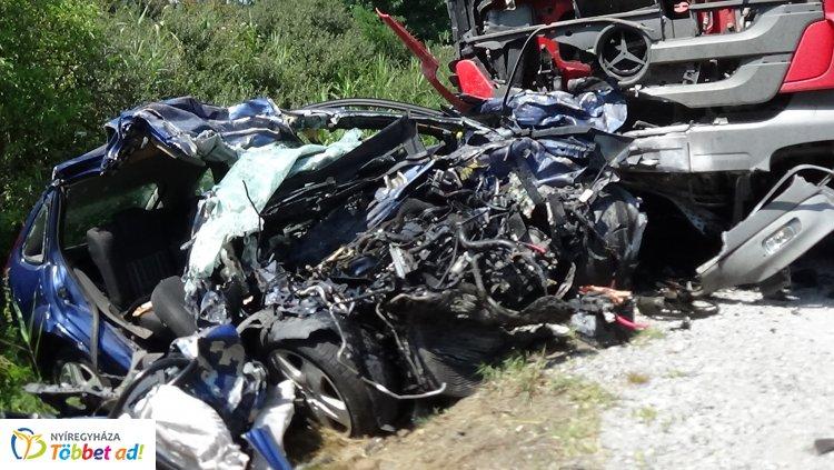 Megrázó! – Helyszíni felvételek az Újfehértónál történt halálos balesetből
