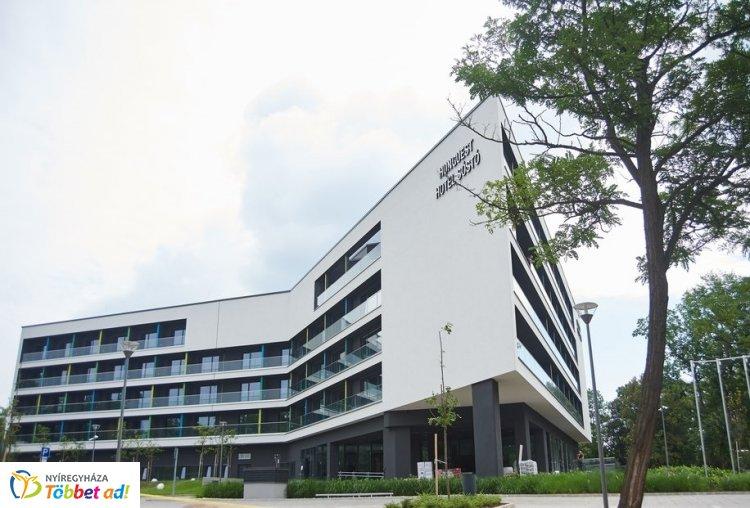 Ez történt Nyíregyházán – Jól haladnak a Hunguest Hotel Sóstó és az új uszoda munkálatai