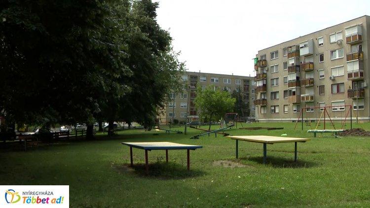 Folyamatosan fejleszti, újítja és szépíti a közösségi tereket az önkormányzat