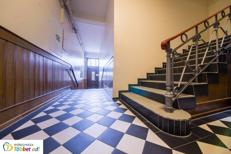 Lépcsőházak biztonsága – Ezek a legfontosabb tűzvédelmi szabályok