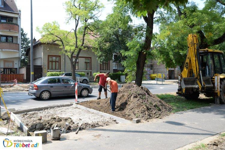 Folyamatosak az útfelújítások Nyíregyháza több pontján is