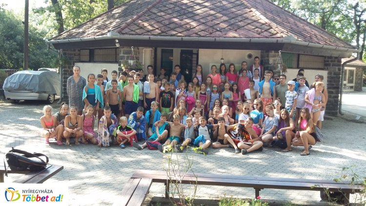 Versben örökítették meg szigligeti élményeiket az Apáczai és Arany iskolák táborozói