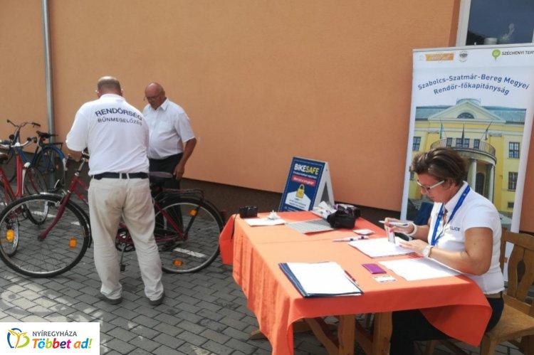 Népszerű volt a BikeSafe program Nyírpazonyban – Több mint 50 kerékpárt rögzítettek