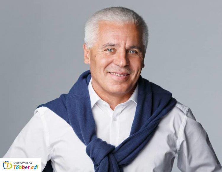 Kitüntették dr.Kovács Ferencet, Nyíregyháza polgármesterét sikeres munkájáért