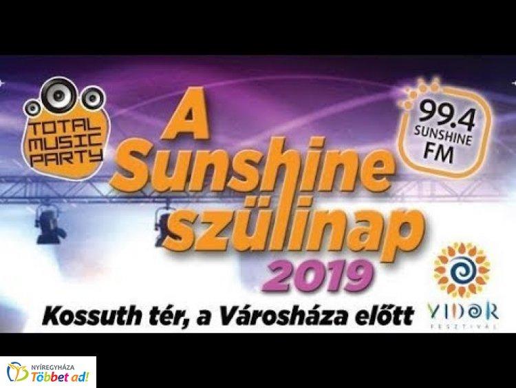 Részletek a Total Music Party-ról és Miss Summer Sunshine szépségversenyről a Sziesztában