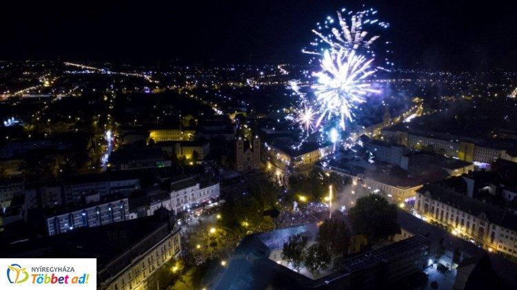 Ünnepi műsor és tűzijáték a Kossuth téren augusztus 20-án -Ünnepeljünk együtt Nyíregyházán