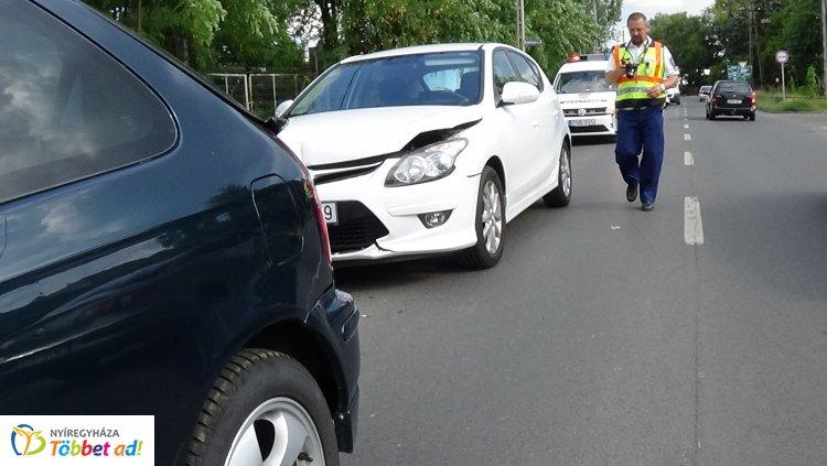 Hármas karambol történt a Kállói úton, az esetet rendőri intézkedés követte