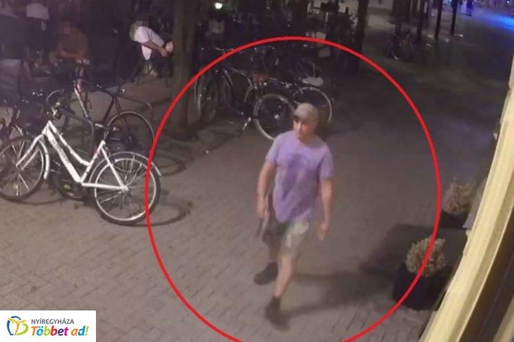 Kerékpárt lopott egy férfi egy nyíregyházi belvárosi kávézó elől