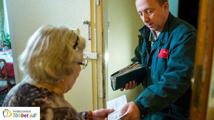 Jelentős kiegészítést kapnak a nyugdíjasok az év végéig: rezsiutalvány és kiegészítés
