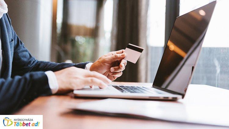 Biztonságosabb lesz az online vásárlás: szeptember 14-től jön a változás!