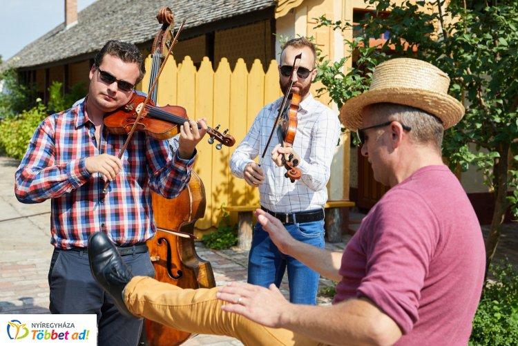 Zeneszótól hangos hétvége - Zenésztalálkozó Nyíregyházán a Sóstói Múzeumfaluban