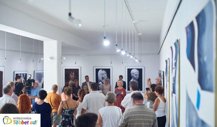 Újabb ösztöndíjas remekekkel bővült a Pál Gyula Terem kortárs gyűjteménye