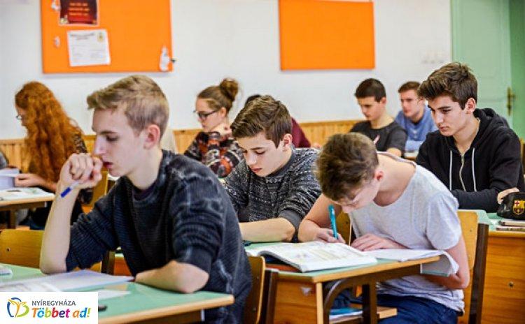 Egyre népszerűbb az iskolákban és online is a pénzügyi nevelés