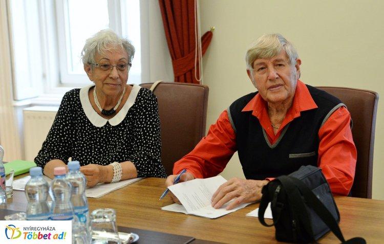 Idén is lesz Nyugdíjas Ki Mit Tud és az Idősek Világnapja alkalmából ünnepség!