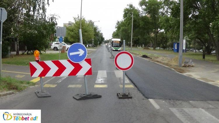 Helyszíni fotók és friss információk a Korányi Frigyes utca felújítási munkálatairól