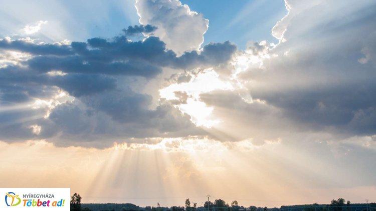 Gyenge felhők zavarhatják meg a napsütést – Ilyen időjárás várható csütörtökön