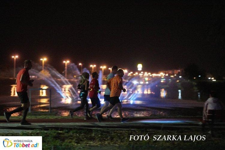 Futás a Bujtosi Városligetben - nagy sikert aratott a Csillagfutás!