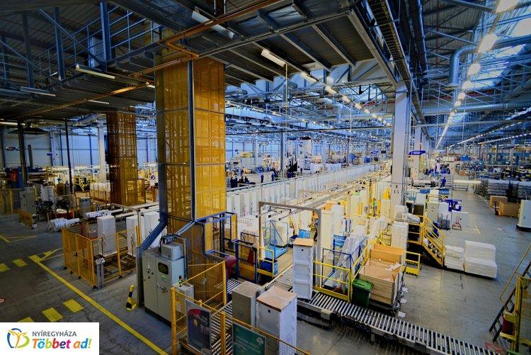 Electrolux: 100 millió eurós befektetést tervez a nyíregyházi hűtőgépgyárában