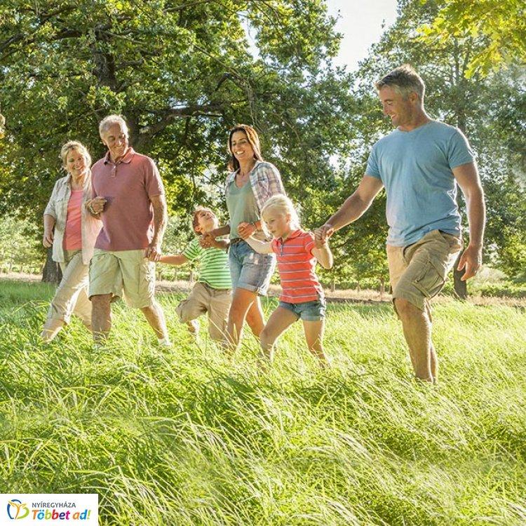 Sétával segíthetsz! Jótékonysági séta a beteg és rászoruló gyermekek támogatására