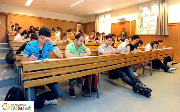 Decemberben jelenik meg a felsőoktatási felvételi tájékoztató