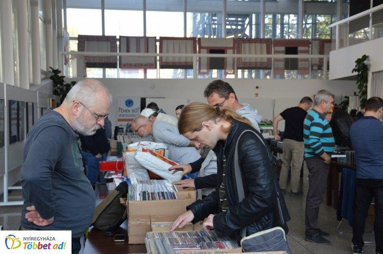 Ismét megrendezik a Nyíregyházi Média és Zene Börzét a Váci Mihály Kulturális Központban