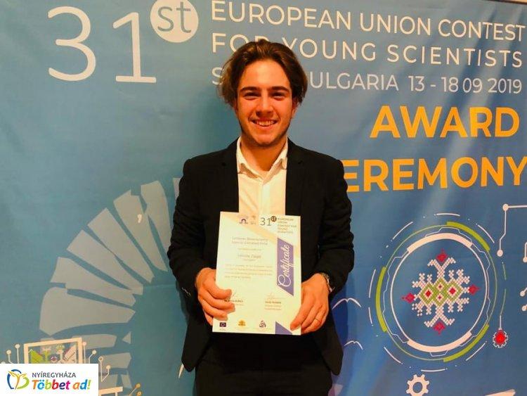 Zsigó Miklós nyíregyházi gimnazista különdíjat kapott az EU Fiatal Tudósok Versenyén