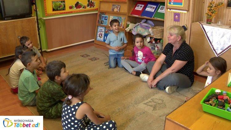 Iskola-előkészítő foglalkozásokat is tartanak a Közösen a Kiútért című projekt keretében