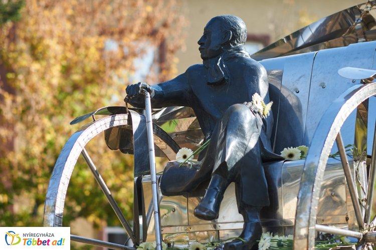 Krúdy Nap Nyíregyházán - városunk híres szülöttére emlékeznek