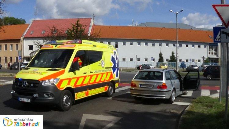 Vezetés közben lett rosszul egy sofőr a Szent István és az Ady Endre utca csomópontjánál