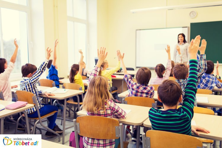 Színes, érdekes programok várják a diákokat szeptemberben a Vécseyben