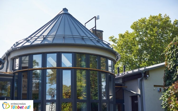 Megújult az Alvégesi Művelődési Ház – Hamarosan madárkiállítás és retro bál is lesz!